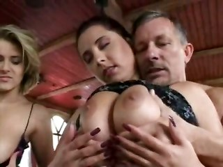Big Natural Tits With Jane Darling